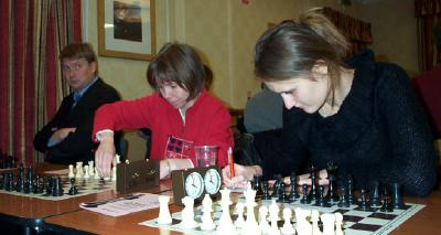 Alexei Shirov, Pia Cramling and Viktorija Cmilyte playing for Wood Green 1